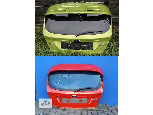 купить бу Б/у крышка багажника для легкового авто Ford Fiesta mk7 в Львове