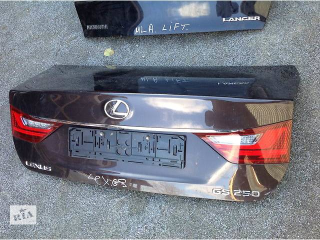 продам Б/у крышка багажника для легкового авто Lexus GS бу в Ровно
