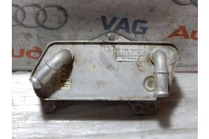 Б/У Масляный радиатор кп AUDI А3 A1 Q2 Q3 02E409061D