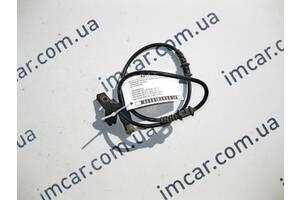 Б/У Mercedes Провод на передний правый датчик износа  тормозных колодок E-Class W211 CLS C219 SL R230 A2115400008