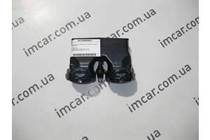 Б/У Mercedes Вентиляционный дефлектор в подлокотник  сзади E-Class W213 A2138309501