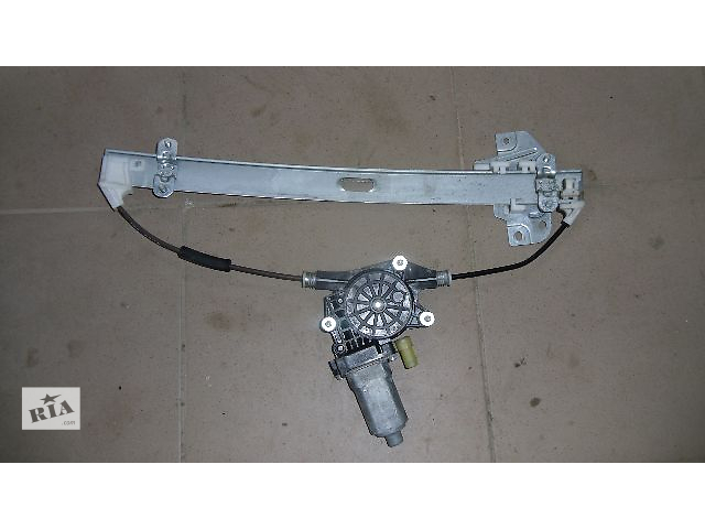 бу Б/у моторчик стеклоподьемника задний правый для легкового авто Hyundai Tucson 2008 в Коломые