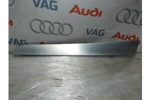 Б/У Накладка двери правая AUDI A4 S4 A5 S5 8K0867410