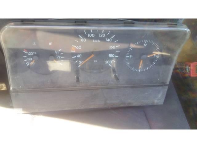 Б/у панель приборов/спидометр/тахограф/топограф для легкового авто Mercedes Sprinter 212- объявление о продаже  в Ковеле