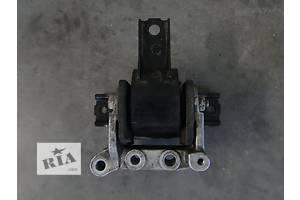 б/у Подушки мотора