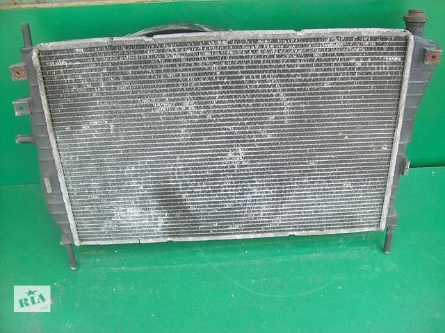 продам Б/у радіатор для легкового авто Ford Mondeo 2.0 TDDI бу в Луцке