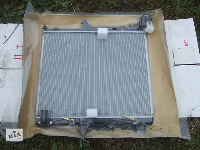 Б/у радиатор для легкового авто Mitsubishi L 200- объявление о продаже  в Ровно