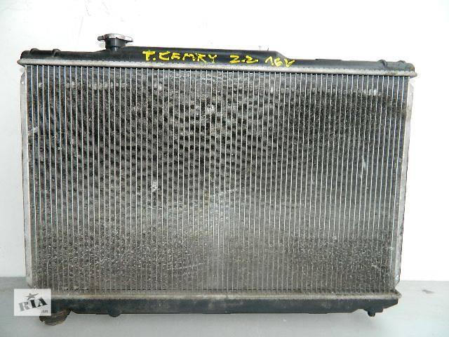 купить бу Б/у радиатор для легкового авто Toyota Camry 2.2 16V (740-430) по сотым. в Буче (Киевской обл.)