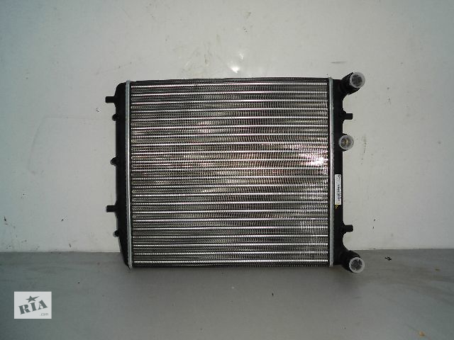 бу Б/у радиатор для легкового авто Volkswagen Golf IV 1.4-1.6 (430*410) по сотым новый. в Буче (Киевской обл.)