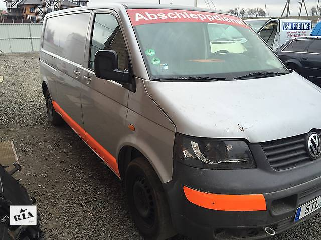 купить бу Б/у решётка бампера для легкового авто Volkswagen T5 (Transporter) в Луцке