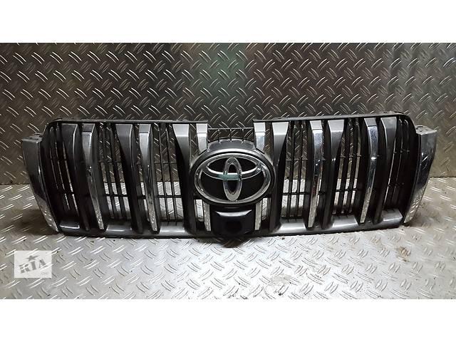 продам Б/у решётка радиатора для легкового авто Toyota Land Cruiser бу в Ровно