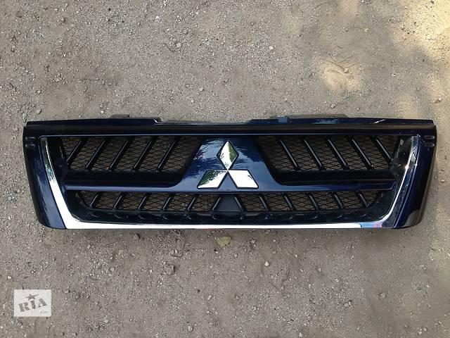 купить бу Б/у Решётка радиатора Mitsubishi Pajero Wagon в Киеве