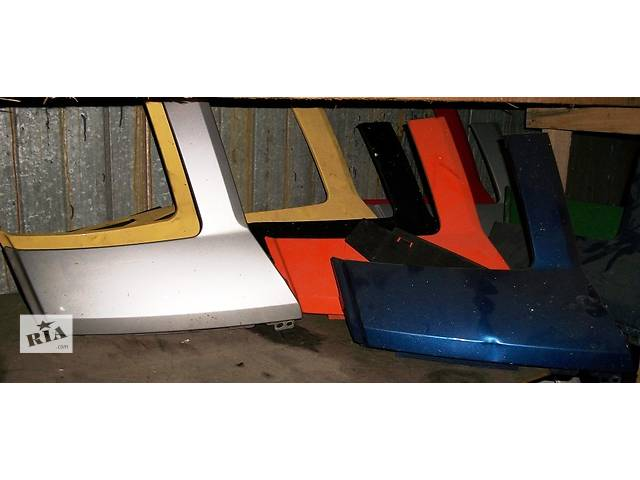 купить бу Б/у Ресничка для автобуса Volkswagen Crafter 2006-2010 в Рожище