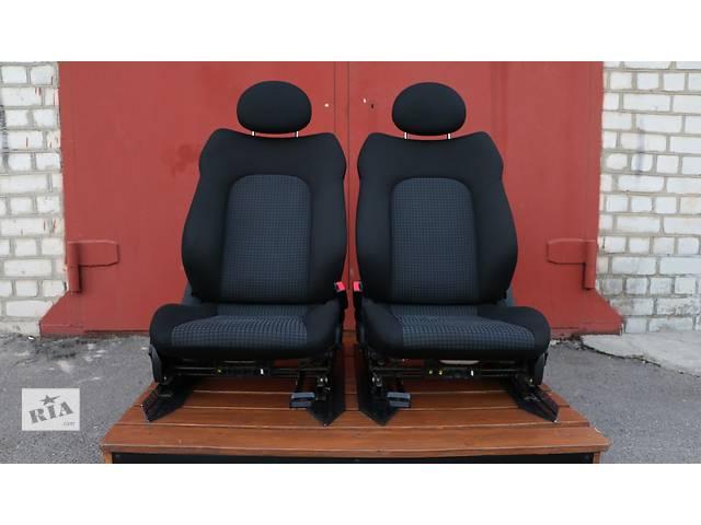 продам Б/у сиденье для легкового авто Mercedes C230 Kompressor бу в Киеве