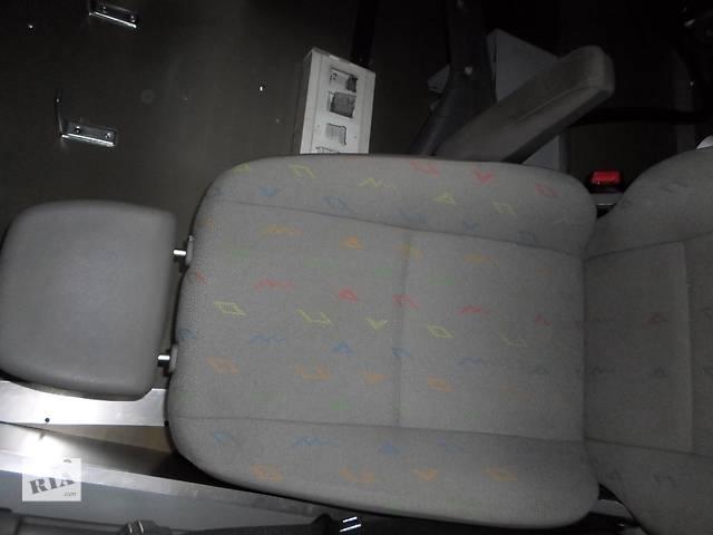 купить бу Б/у Сиденье водителя пасажира Volkswagen Crafter Фольксваген Крафтер, Мерседес Спринтер, W906 2006-2011г.г. в Луцке