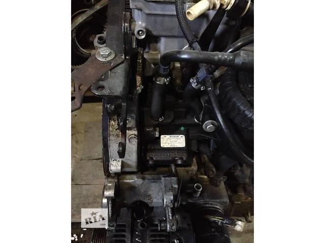 продам Б/у топливный насос высокого давления/трубки/шест для легкового авто Citroen Jumpy  2.0 HDI BOSCH 04 бу в Радивилове