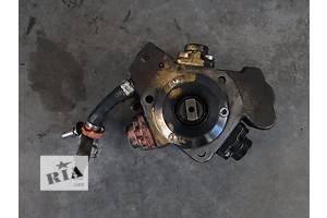 б/у Топливные насосы высокого давления/трубки/шестерни Fiat Linea