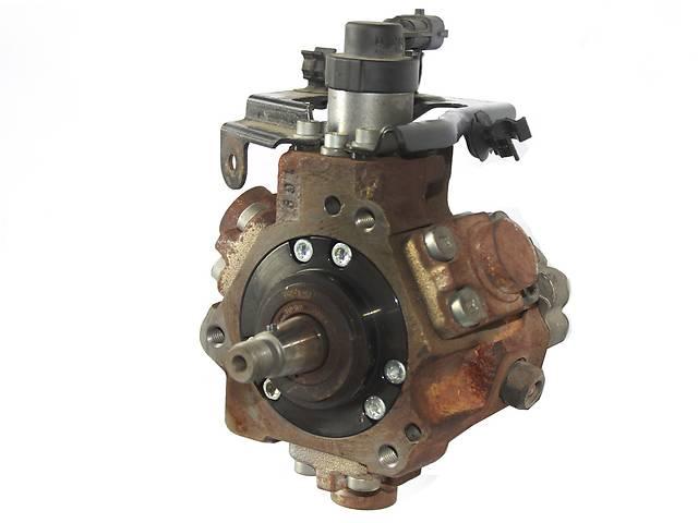 продам Б/у топливный насос высокого давления/трубки/шест для легкового авто Peugeot Partner бу в Ковеле