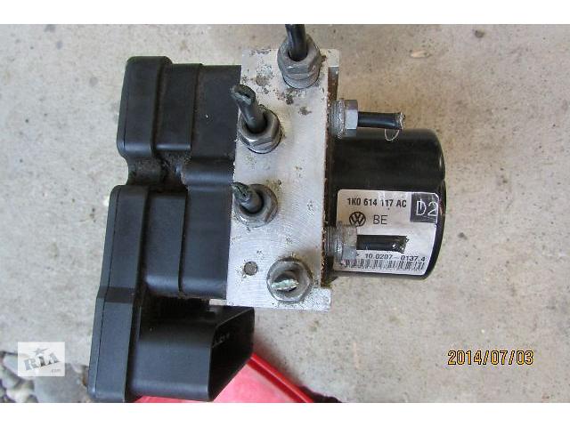 купить бу Б/у абс и датчики 1K0907379AF 1K0614117AC для легкового авто Volkswagen Caddy 2008 в Хусте