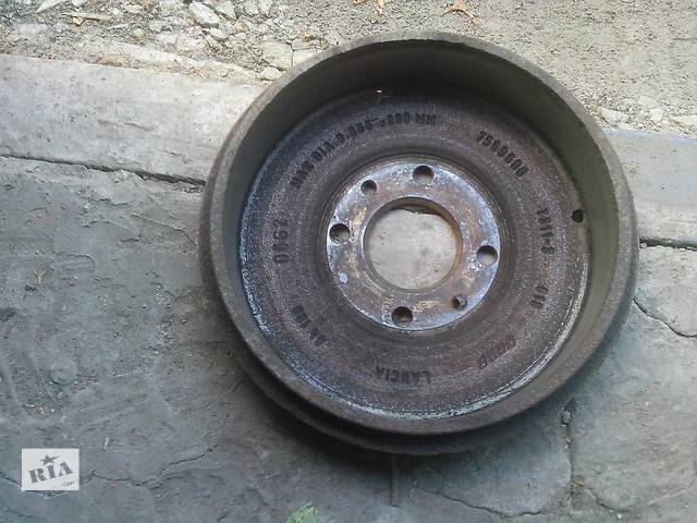 продам Б/у тормозной барабан для легкового авто Fiat Doblo бу в Черкассах