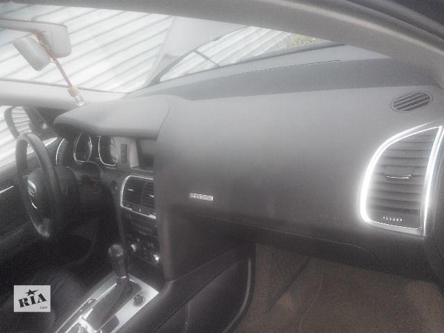 купить бу Б/у торпедо/накладка для легкового авто Audi Q7 2007 в Львове