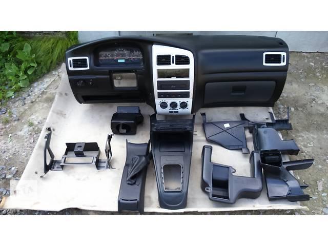 купить бу Б/у торпедо/накладка для легкового авто Chery Amulet в Полтаве