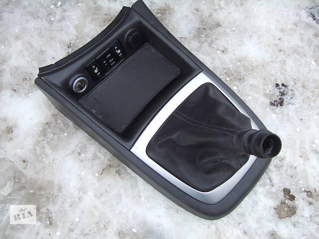 бу Б/у центральная консоль для легкового авто Hyundai Santa FE в Ровно