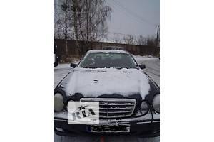 б/у Уплотнители крышки багажника Mercedes E-Class