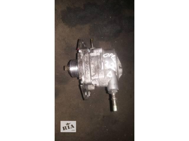 купить бу Б/у вакуумный насос для легкового авто Opel Vectra B 2,0/2,2 в Ковеле