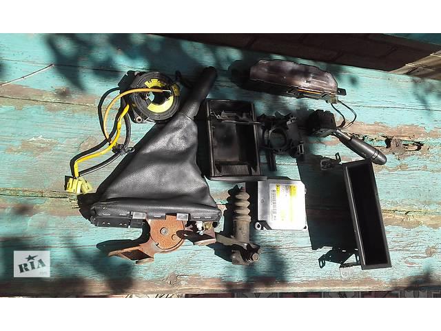 купить бу Б/у внутренние компоненты кузова для седана Chevrolet Aveo в Запорожье
