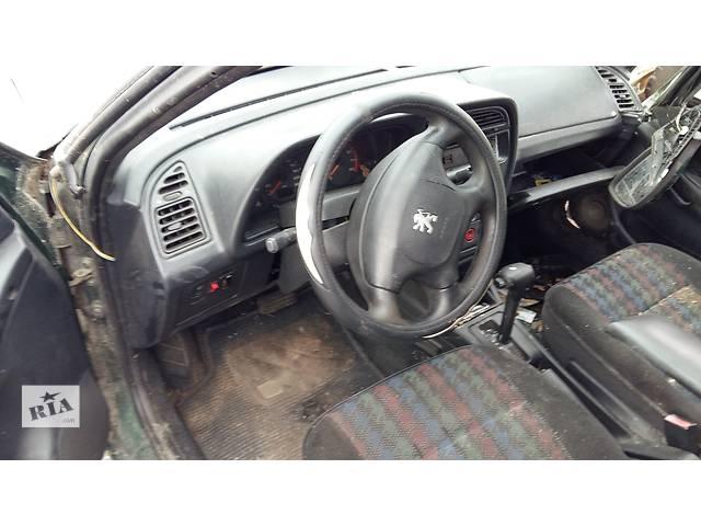 купить бу Б/у воздуховоды обдува стекла для легкового авто Peugeot 306 в Ровно
