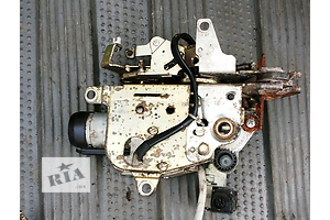 б/у Замки крышки багажника Mercedes 124