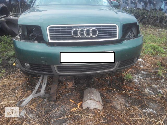 продам Б/у бампер передний для легкового авто Audi A4 2003 бу в Львове