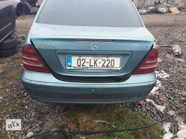бу Б/у Детали кузова Багажник Легковой Mercedes C-Class 2004 в Львове