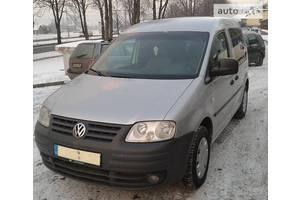 б/в капоти Volkswagen Caddy