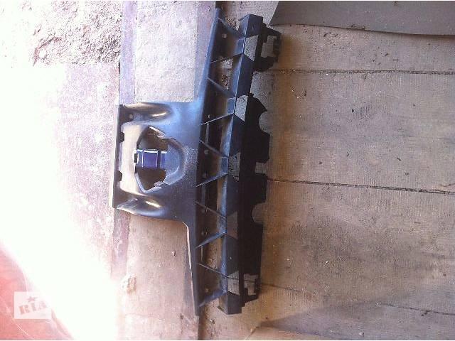 б/у Детали кузова Кронштейн бампера Легковой Renault Megane II- объявление о продаже  в Броварах