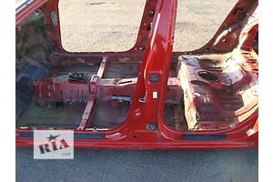 б/у Стойки кузова средние Nissan Primera