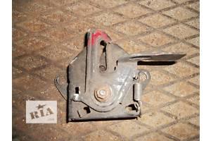 б/у Замки капота Mazda 323F