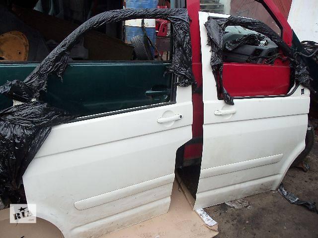 продам б/у Двери/багажник и компоненты Дверь передняя Легковой Volkswagen T5 (Transporter) Минивен 2005 бу в Ковеле
