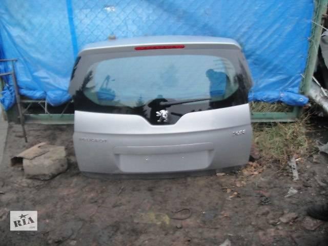 купить бу б/у Двери/багажник и компоненты Крышка багажника Peugeot 5008 в Одессе