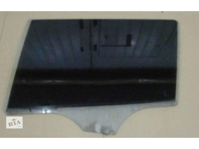 купить бу б/у Двери/багажник и компоненты Стекло двери Легковой Универсал Mazda 6 2004 в Луцке