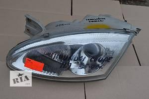 б/у Фары Hyundai Coupe