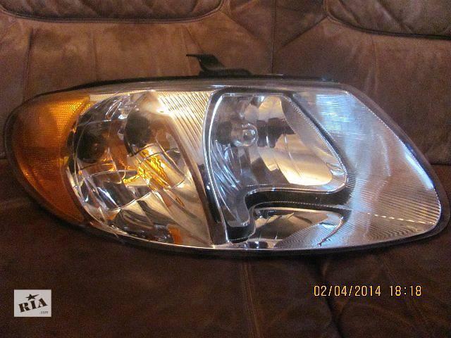 продам Б/у Фара. Легковой Chrysler Grand Voyager 01-05 р. бу в Львове