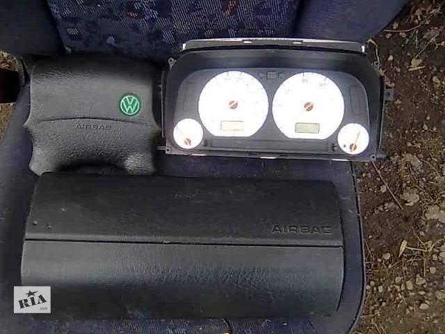 продам б/у Компоненты кузова Подушка безопасности Легковой Volkswagen Golf IIІ Седан 1994 бу в Жидачове