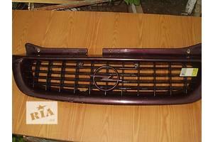 б/у Решётки бампера Opel Vectra B