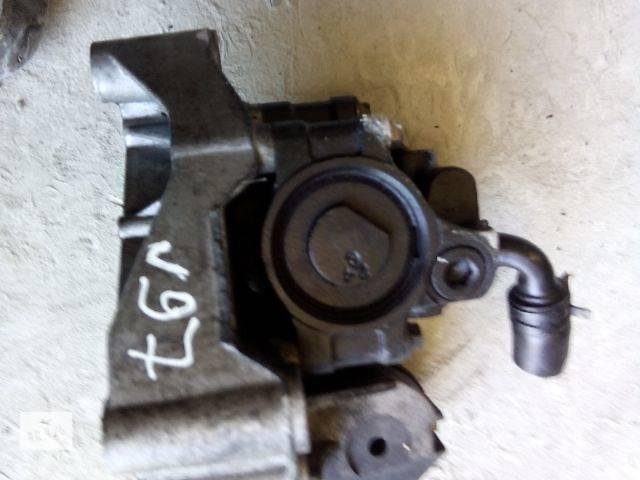 купить бу б/у Рульове управління Насос гідропідсилювача керма Легковий Ford Focus 2000 в Ивано-Франковске