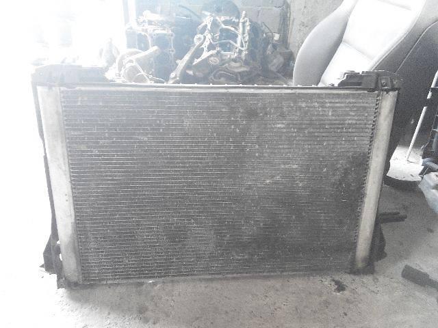 купить бу Б/у Система охлаждения Радиатор Легковой Audi A8 2004 в Львове