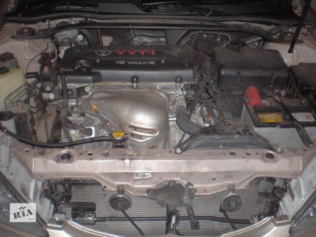 бу б/у Система впуска и выпуска Коллектор впускной Легковой Toyota Camry Седан 2004 в Луцке