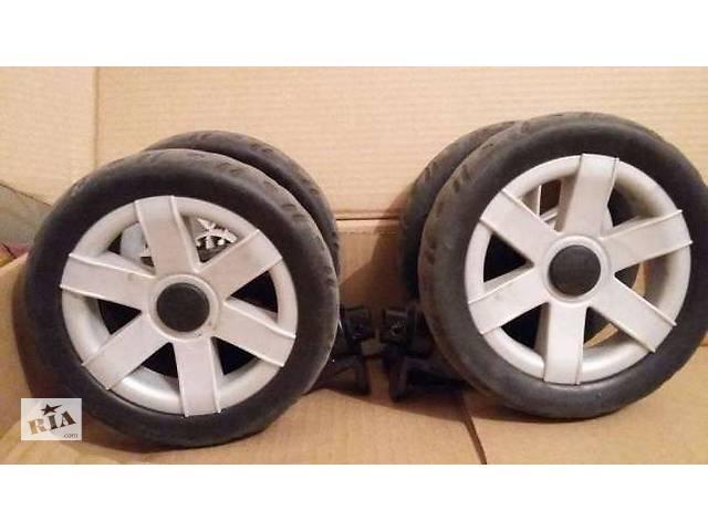 продам Chicco Enjoy колесные блоки на коляску,колесо,колеса,блок,ось.Запчасти бу в Киеве