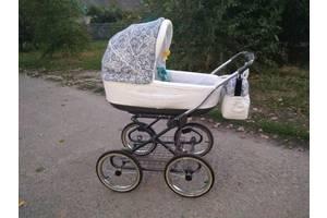 б/в Дитячі універсальні коляски Roan